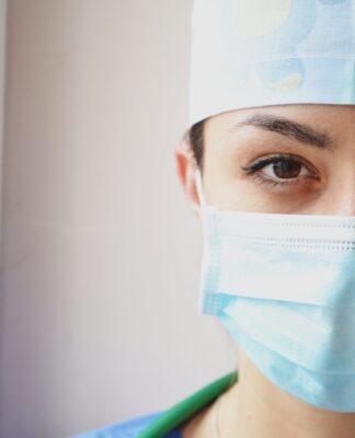 dlaczego nalezy nosić maskę ochronną