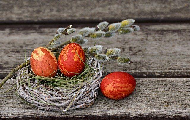 jak ozdabiać jajka na Wielkanoc