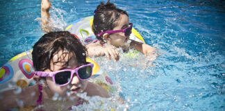 Dlaczego warto wybrać się do aquaparku